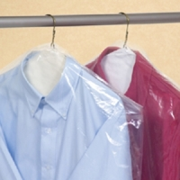 Protective plastic garment bags